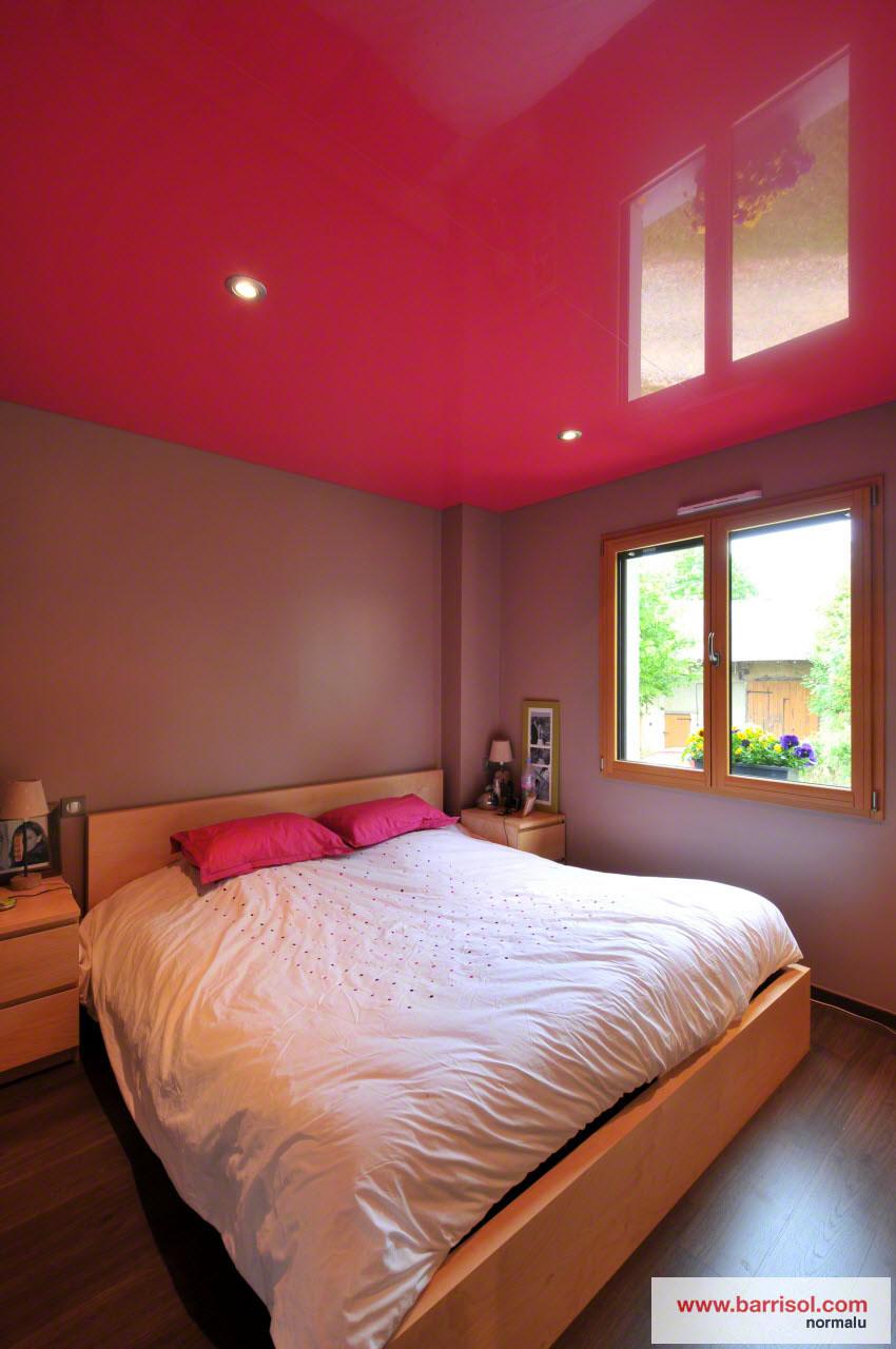 Chambre coucher le plafond tendu barrisol dans votre chambre - Lit qui descend du plafond ...