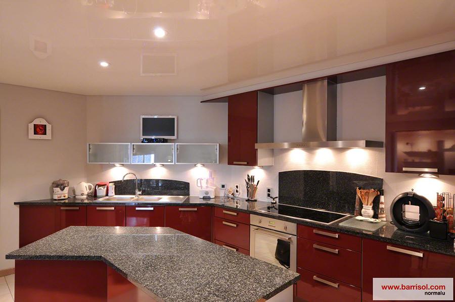 Plafond de cuisine meilleures images d39inspiration pour for Idees pour la maison 11 photos de plafond tendu dans votre piscine